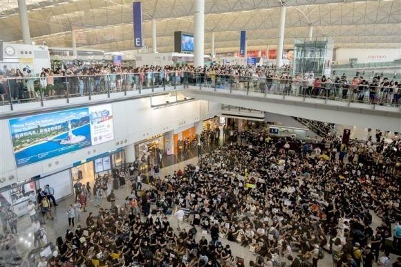 Lại biểu tình lớn ở Hồng Kông