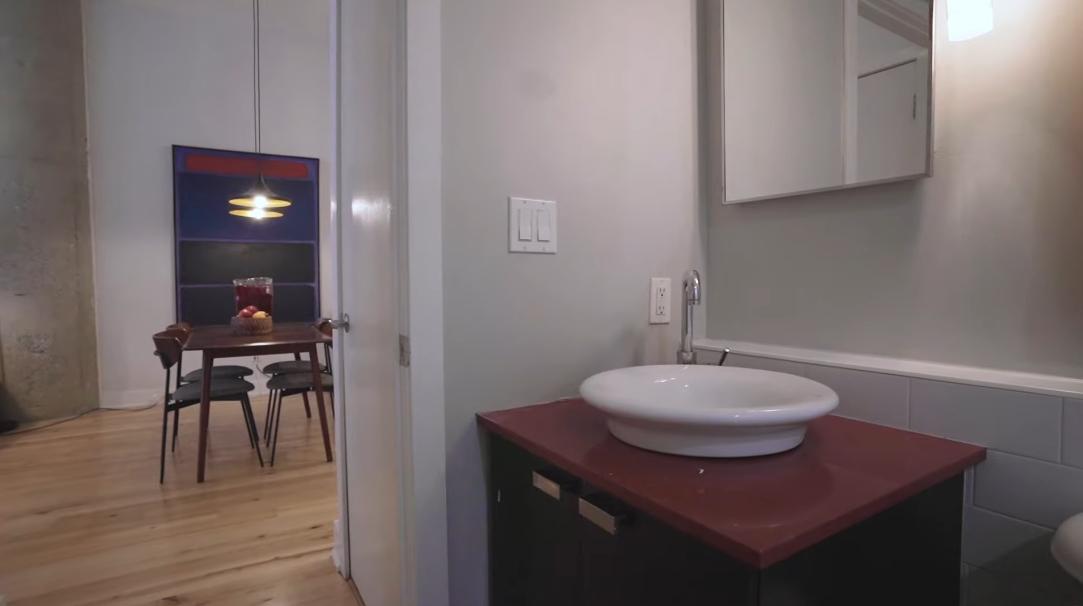 19 Interior Design Photos vs. 637 Lake Shore Blvd W #125, Toronto Condo Tour