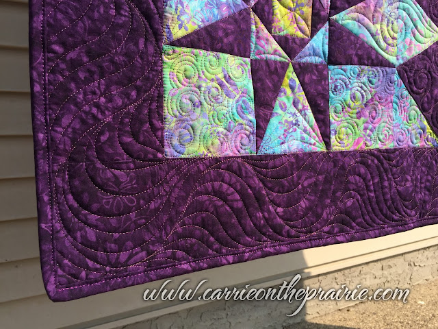 http://carrieontheprairie.blogspot.ca/2017/09/joys-snail-tail-quilt.html