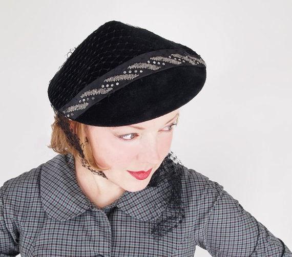 Coolie Hat: Kitten Vintage: Six On Saturday