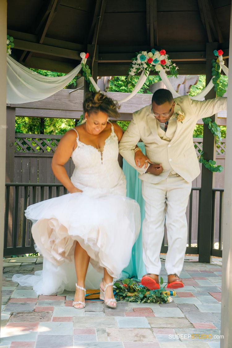 Ann Arbor Stone Chalet Inn African American Wedding Photography by SudeepStudio.com Ann Arbor Detroit Michigan Wedding Photographer