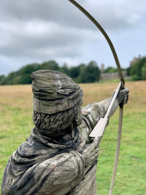 Archer sculpture, 1066 battleground