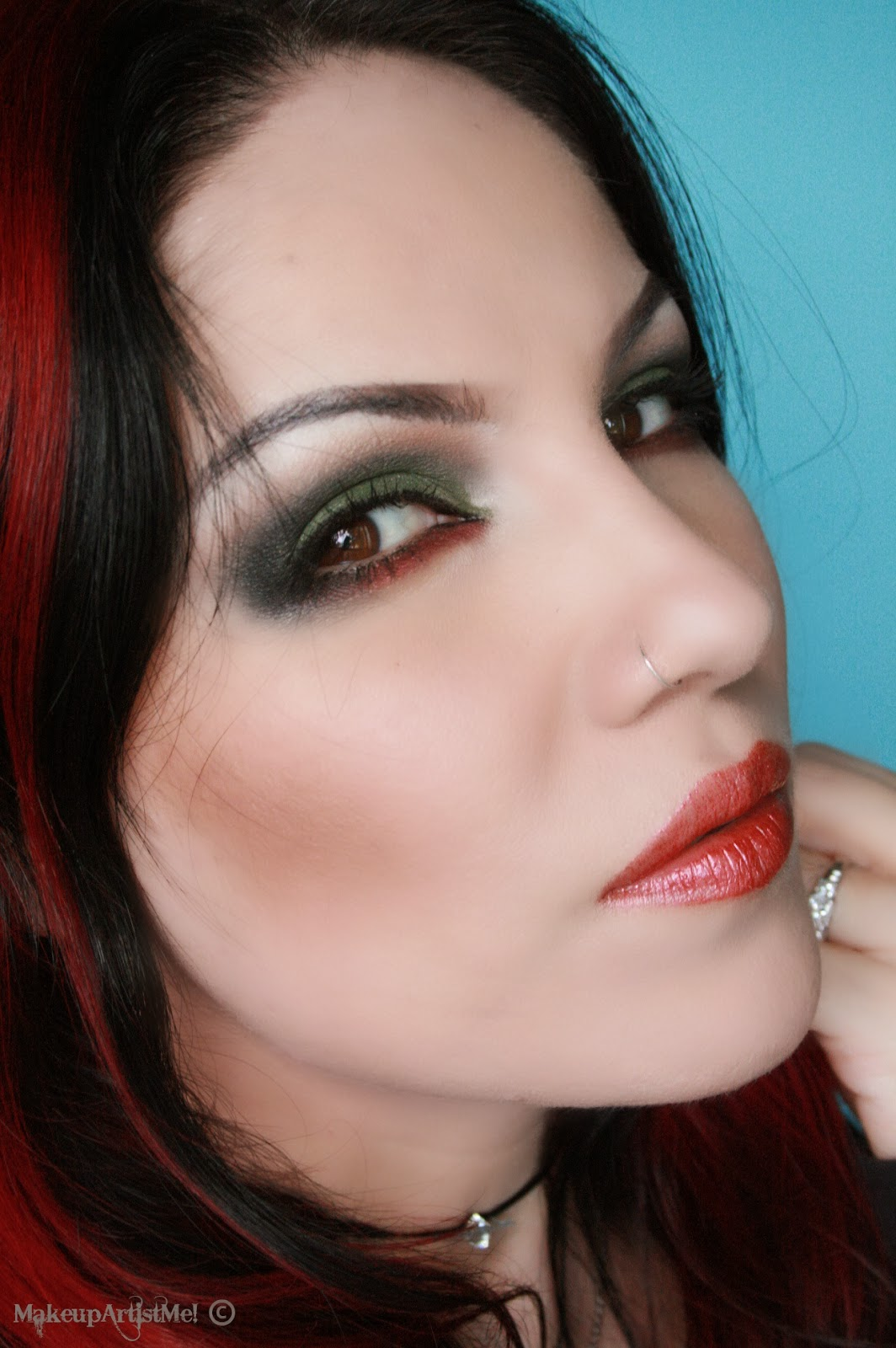 Red Makeup Box Grunge Chick Makeup Tutorial