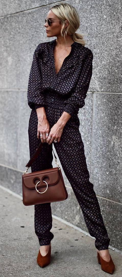 trendy outfit : printed set + bag + heels
