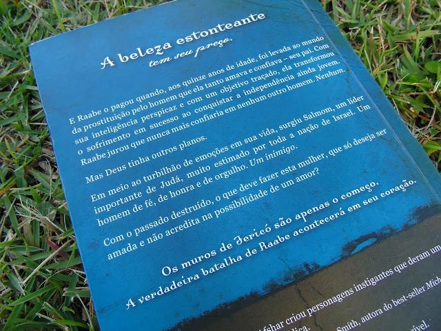 contracapa do livro Pérola na Areia  escrito por Tessa Afshar
