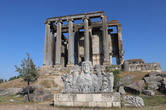 Statue of Greek health goddess Hygeia unearthed in Turkey