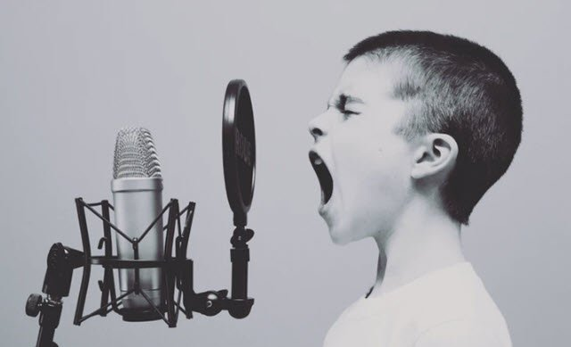 Voice Changer, a website to modify your voice in many ways