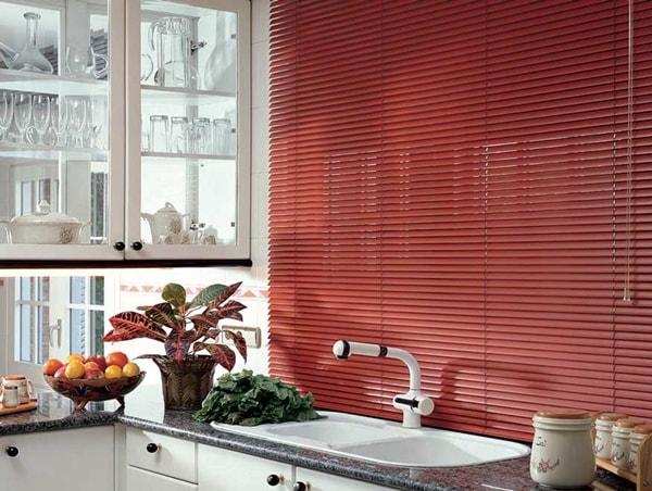 Renueva tu cocina, sólo cambiando de cortina