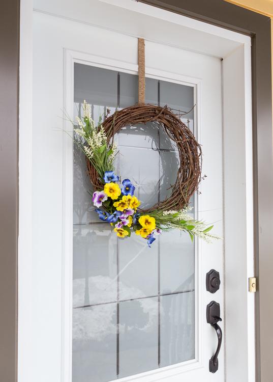 Couronne | Printemps | tutorial | étapes par étapes | fleurs | DIY | facile | rapide | pas cher | décoration | maison | porte avant | façade