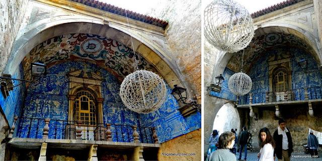 Porta da Vila, acesso à cidade amuralhada de Óbidos, Portugal