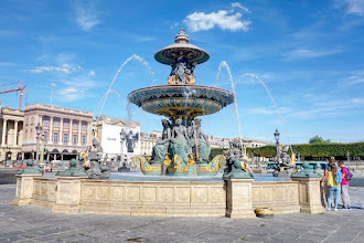 Paris : Fontaines de la place de la Concorde, histoire de l'art et allégories économiques - VIIIème