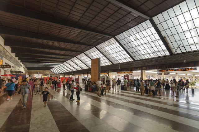 Estações de trem na Itália