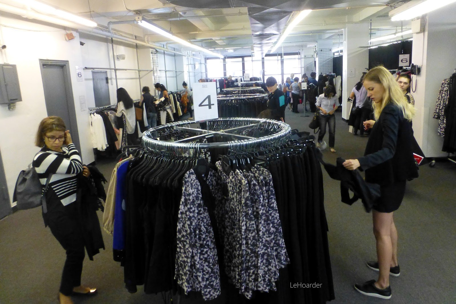 Run to the Rachel Zoe Blowout Sample Sale! | Le Hoarder
