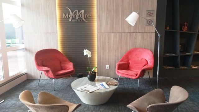 recepção do Mercure São José dos Campos Hotel é a melhor opção de hospedagem da cidade
