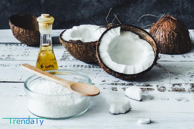 إليك 9 أطعمة تحميك من مشاكل جفاف الجلد فى الشتاء وعلاج جفاف الجلد وتشققه المفاجئ والحكة