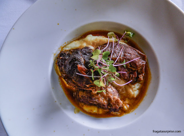 Bochecha de porco, prato típico de Portugal