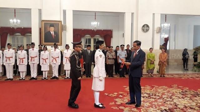 Dikukuhkan Jokowi, Paskibraka Wanita Batal Bercelana Panjang