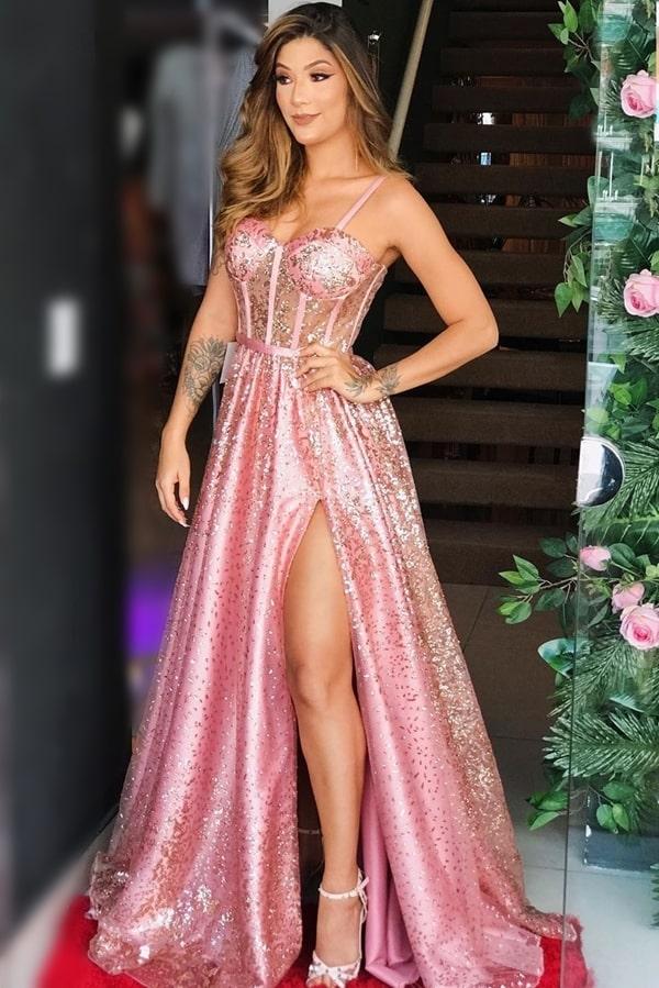 vestido longo rosa com fenda e brilho