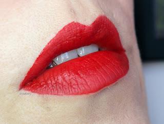 swatch-lipstick-pulp-injection-strawberry-joyce-paris-mama-syca