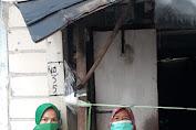 Ketua Persit Ranting 5 Koramil 04/CK Kodim 0503/JB Bagi Paket Sembako di Jum'at Berkah