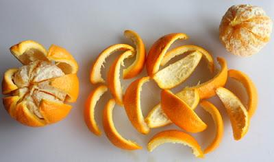 Cara Menghilangkan Bekas Jerawat dengan kulit jeruk