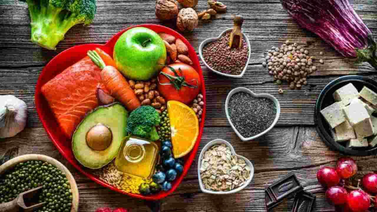 Foods for Heart Health | HealthInsta