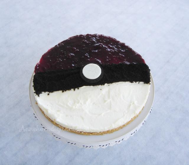 Pokemon taart, pokeball taart, pokemon taart zelf maken, taart van pokemon, kwarktaart dr oetker