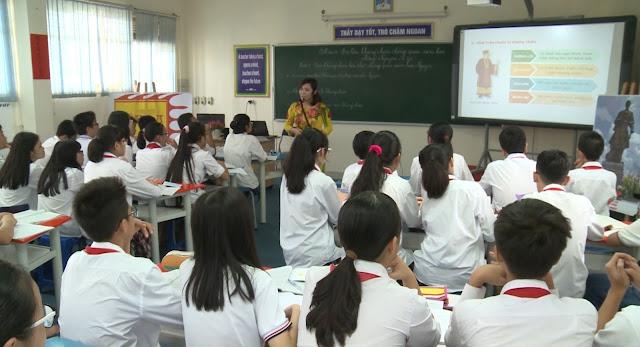 Khai giảng lớp kĩ năng ứng dụng CNTT trong giảng dạy