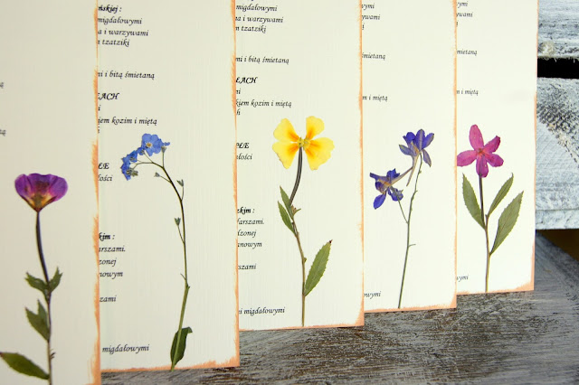 Oryginalne menu z kwiatami