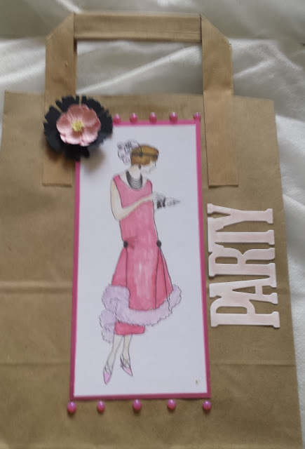 1920's lady hand coloured Kraft party bag