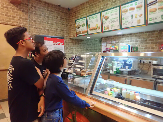 subway paradigm mall
