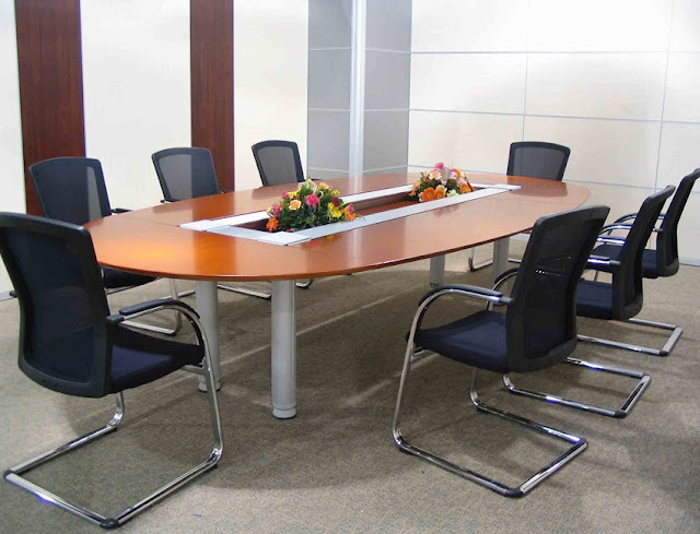 buying cheap used office furniture Cedar Rapids for sale