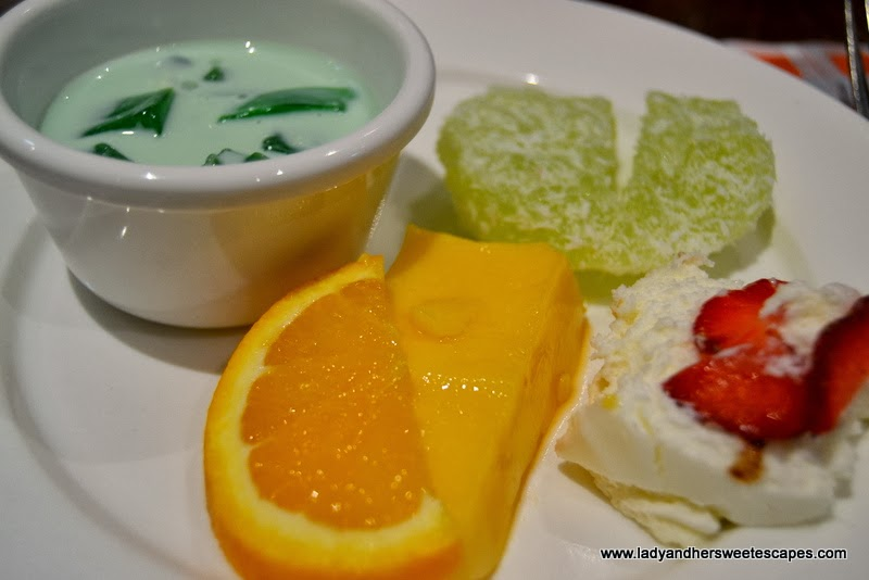 Desserts at Intramuros Restaurant Dubai