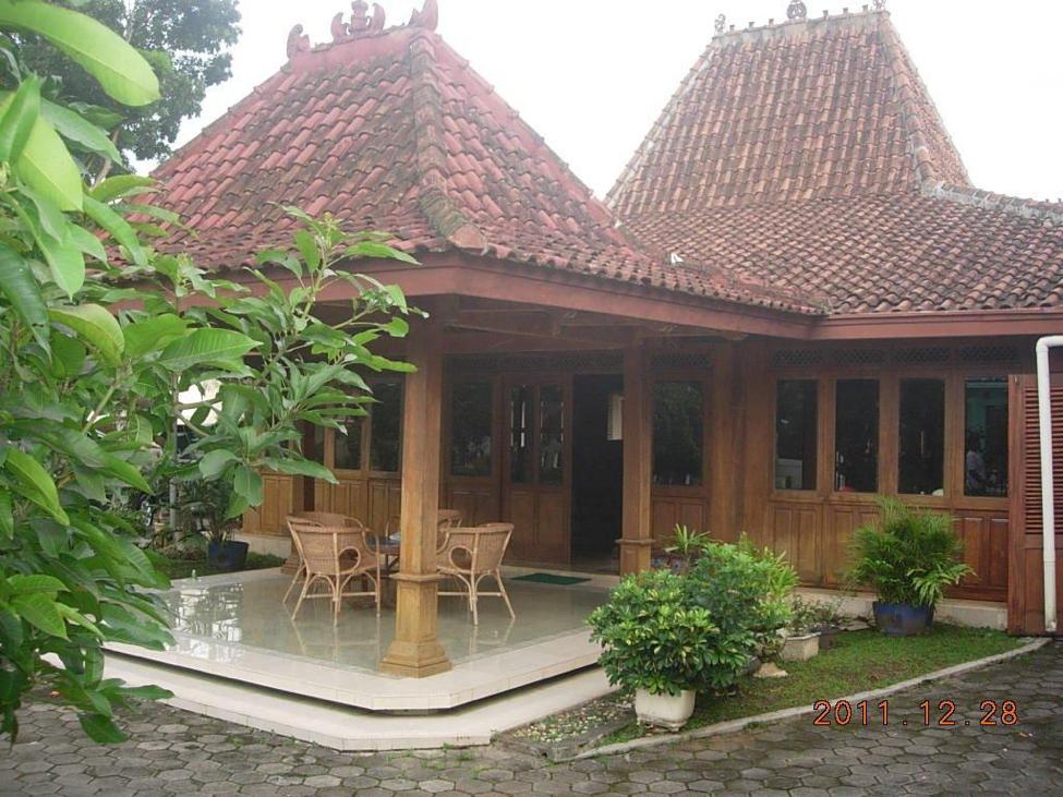 Rumah Adat Jawa Minimalis