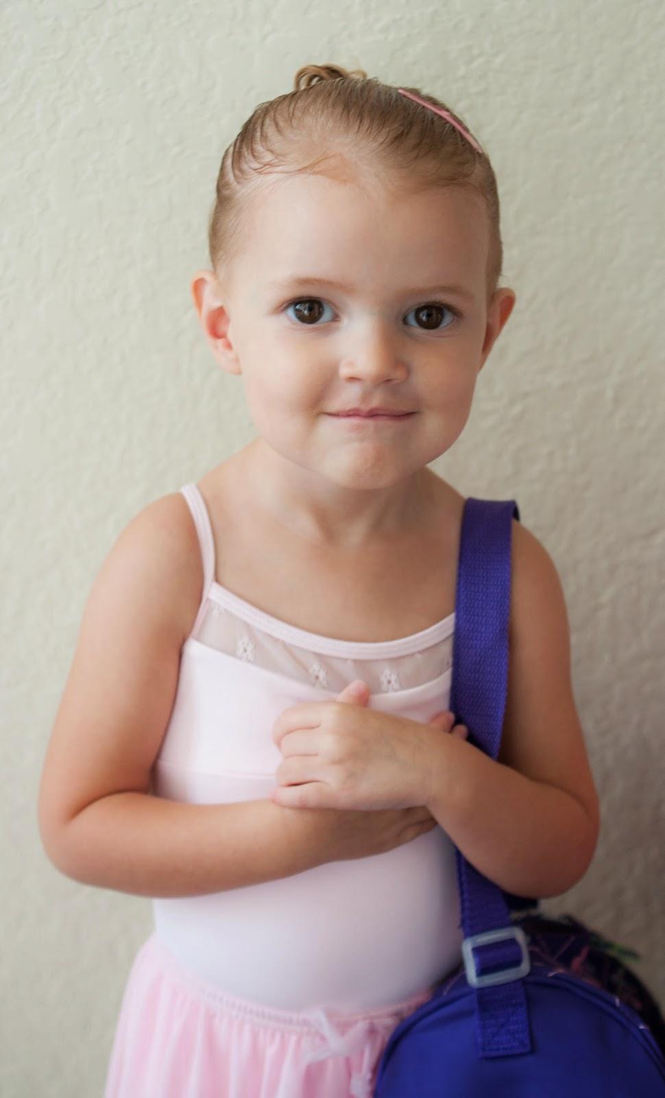 The Sweatman Family: Scarlett's 1st Day of Ballet Class