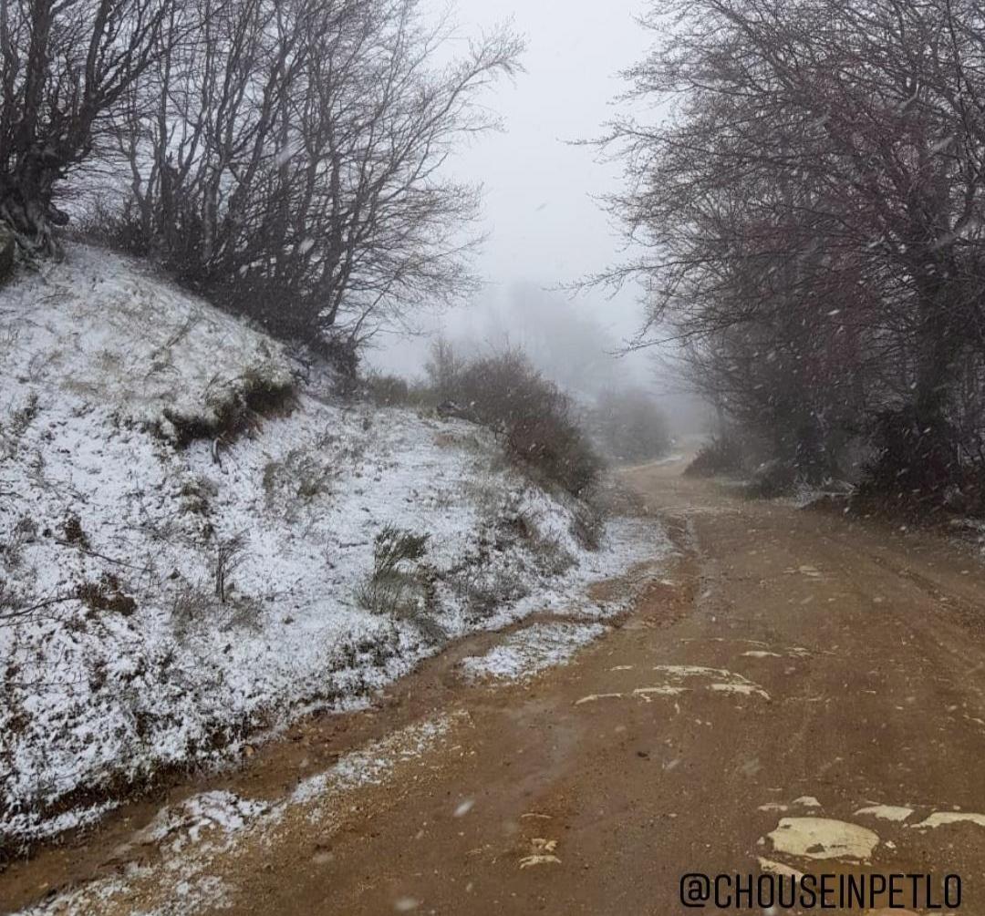 Μεγάλη Τετάρτη με βροχές στην Ξάνθη και χιόνια στα βουνά (+ΒΙΝΤΕΟ)