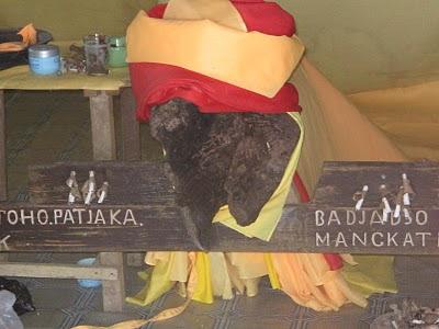 Kisah Pangantuhu Keramat Penjaga Desa Mangkatip