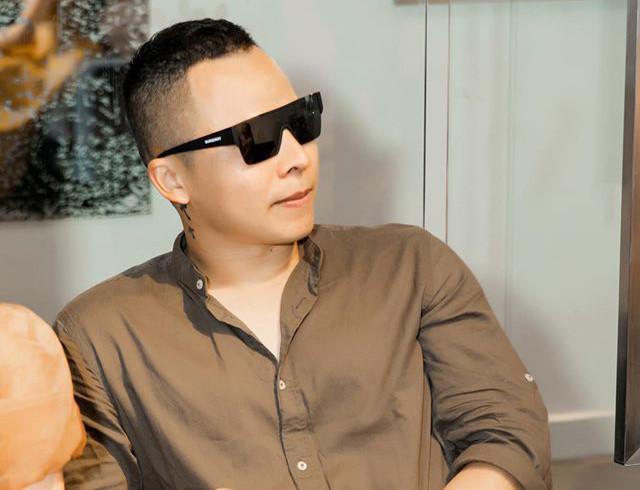 Khắc Việt tuyên bố đến tận nhà Vũ Khắc Tiệp để giải quyết vì đấu đá nhau trên mạng