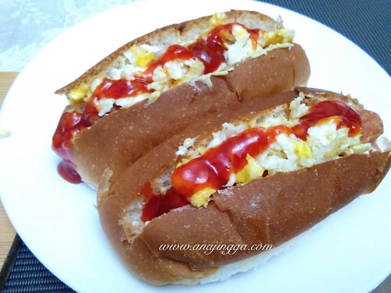 Roti sosej special idea sarapan pagi yang sedap