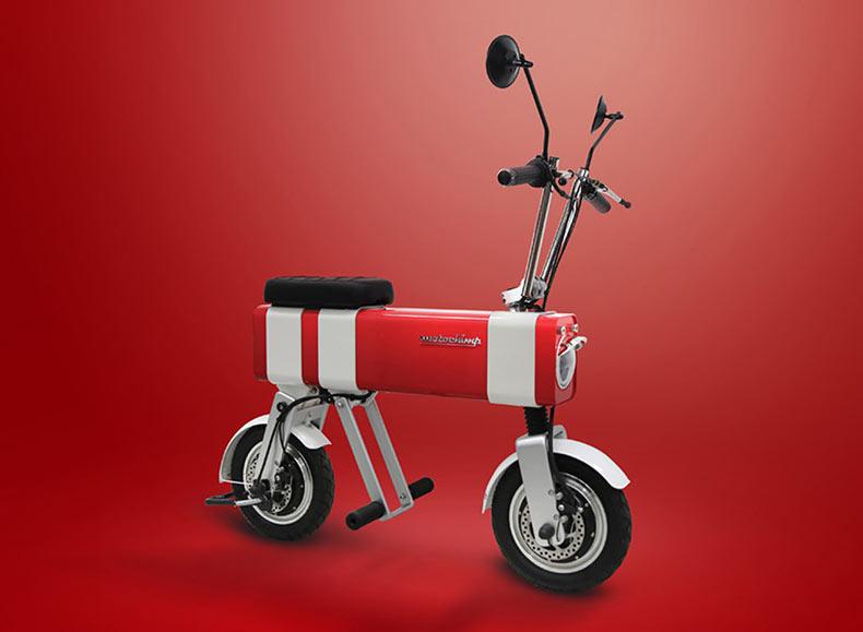 Motocicleta urbana basada por un bosquejo de una niña de diez años