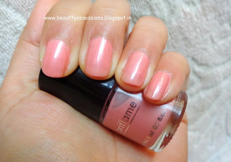 "Oriflame Pure Color Nail Paint""Nude Pink"" - Review, NOTD"