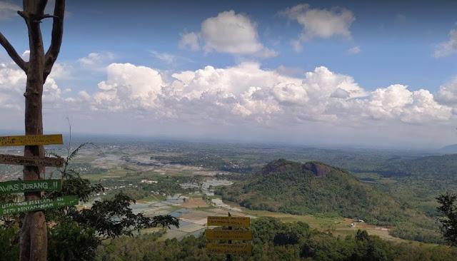1. Objek Wisata Bukit Gantan