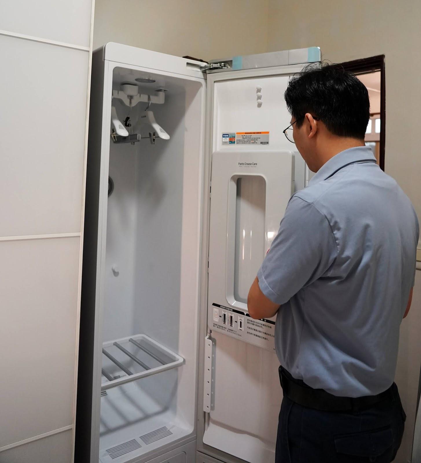 09_dj%25E7%2590%25A6%25E7%2590%25A6_wwwhostkikicom_LG.JPG-忙碌爸媽的救星,智慧電子衣櫥讓你輕鬆進行衣物清潔殺菌