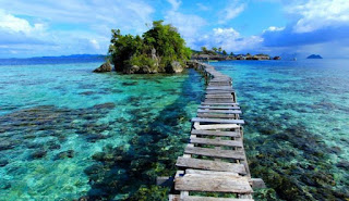 Tomini Bay, The Nautical Tourism Paradise in Indonesia