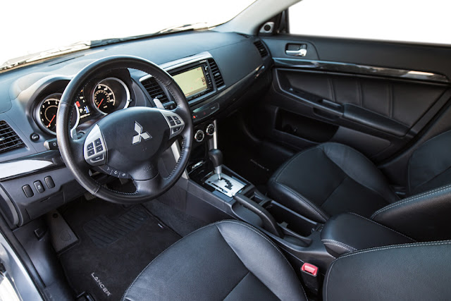 The 2016 Lancer's interior