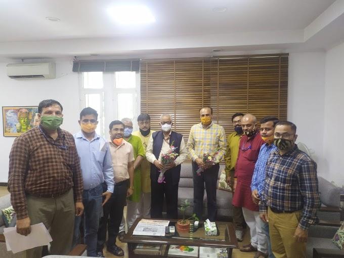 MACP News-India Post- भारतीय डाक कर्मचारी महासंघ का प्रतिनिधिमंडल विभिन्न माँगों को लेकर डाक विभाग सचिव से मिला
