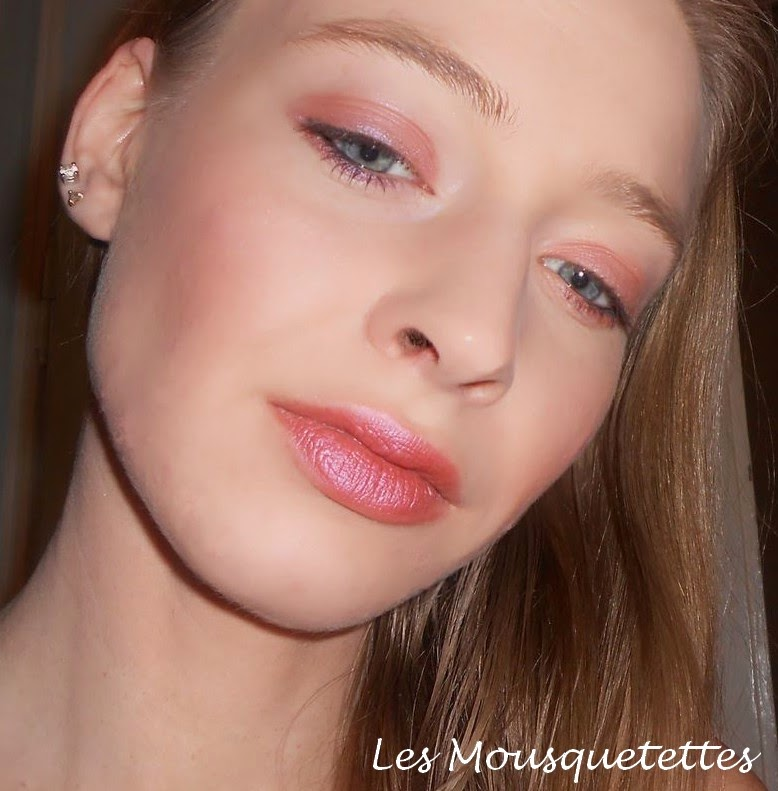 Makeup Blush Wild Rose Mica Beauty Cosmetics - Les Mousquetettes©