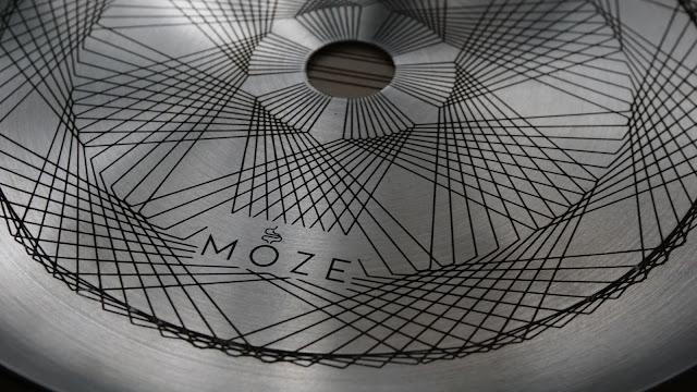 Moze Breeze plate