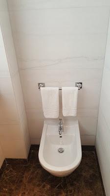 Room's bathroom - Melià Hotel - Genova (Italy)