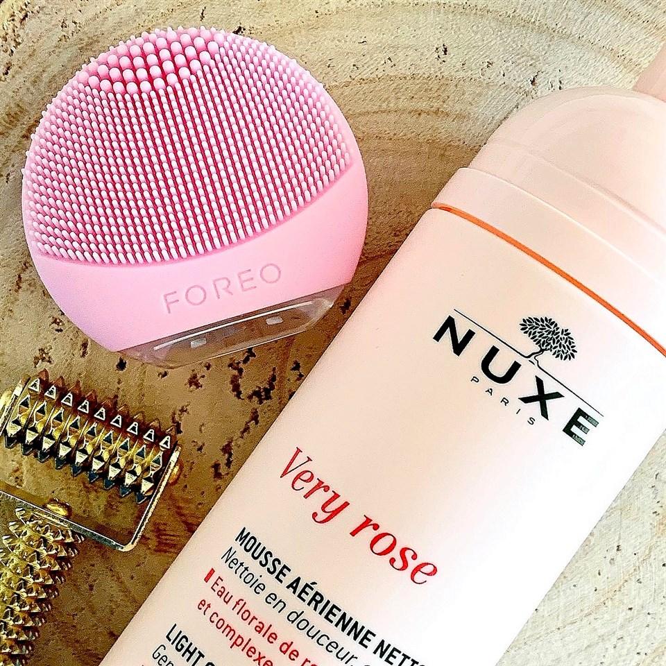 Nuxe Very Rose Oczyszczająca pianka micelarna